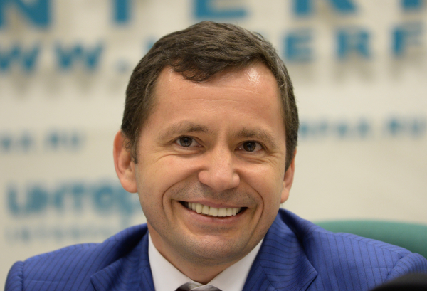 Совладелец аэропорта «Внуково» Виталий Ванцев стал инвестором авиакомпании «Азимут»