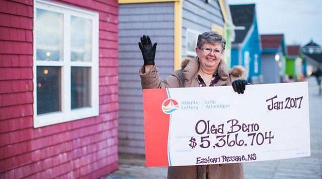 Приснившаяся композиция  цифр принесла жительнице Канады $4 млн