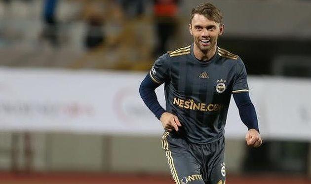 Караваев забивает 1-ый мяч вофициальном матче за«Фенербахче»— Украинцы вТурции