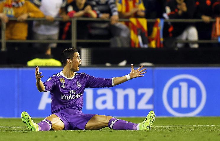 «Валенсия» нанесла «Реалу» 2-ое поражение вчемпионате Испании пофутболу