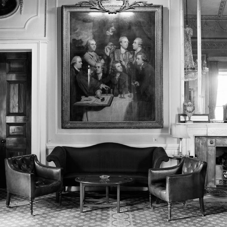Gentlemen's Clubs - Enter the most private clubs of London in the 1980s