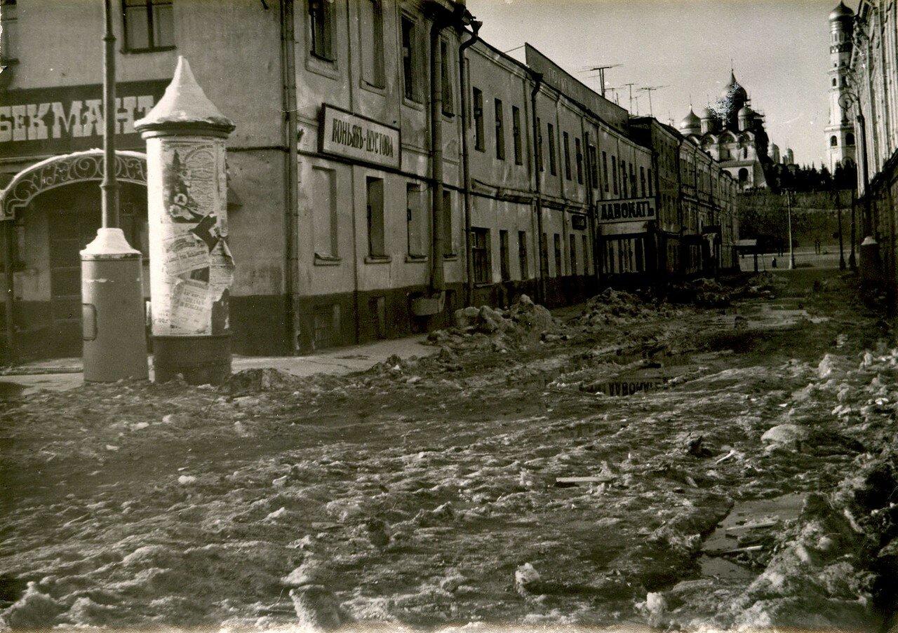 1967. Декорации в Фалеевском переулке
