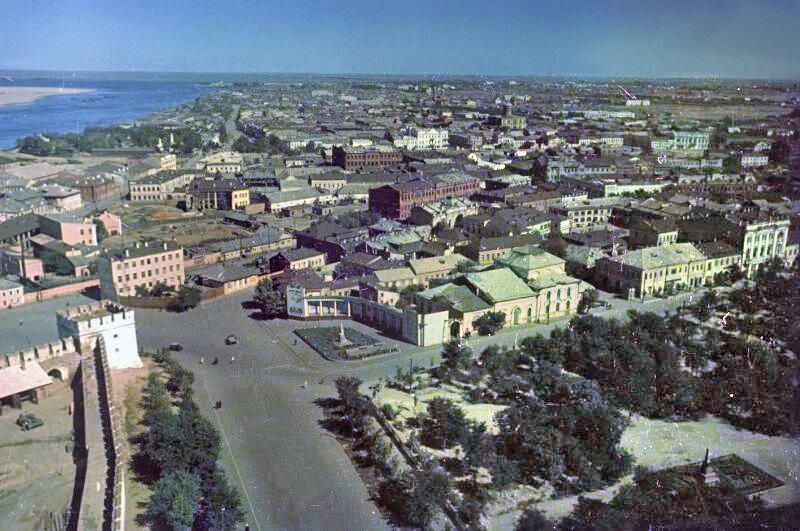 1949 Астрахань. Владислав Микоша3b.jpg