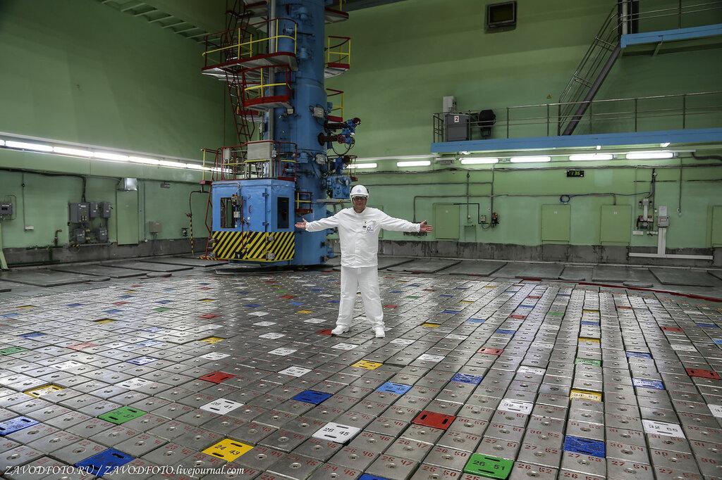 С Днём работника атомной промышленности
