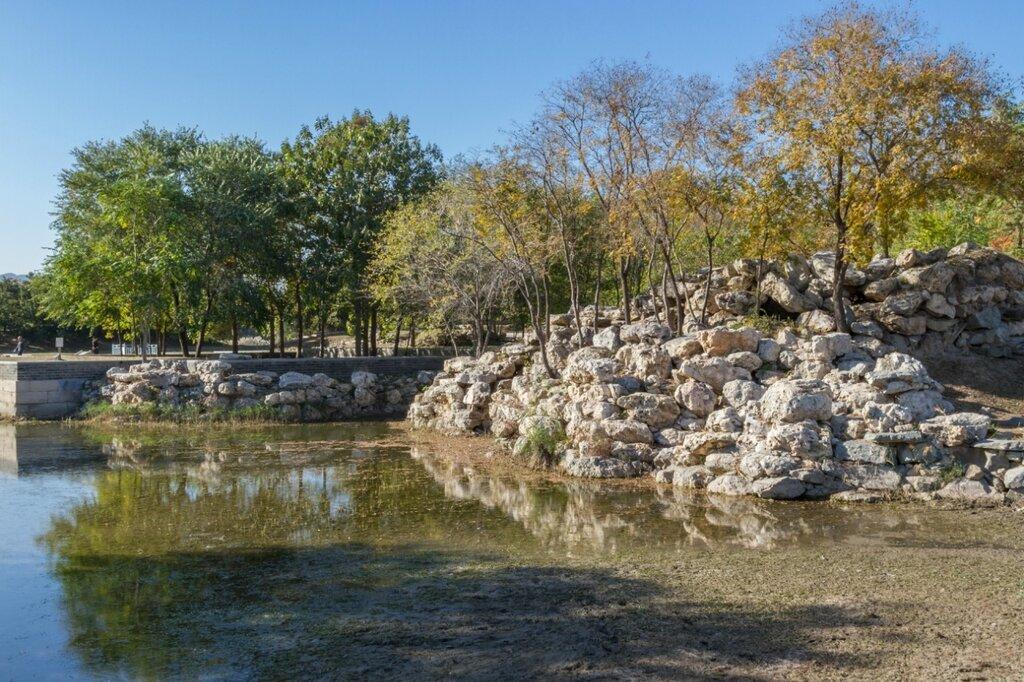 Каменная гора, парк Юаньминъюань, Пекин