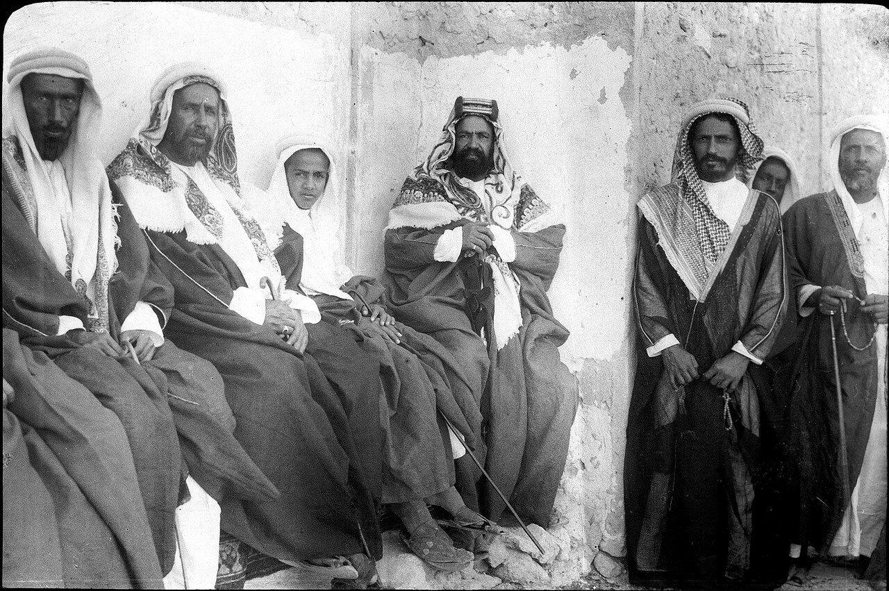 Бахрейн. Шейх Хамад и сын