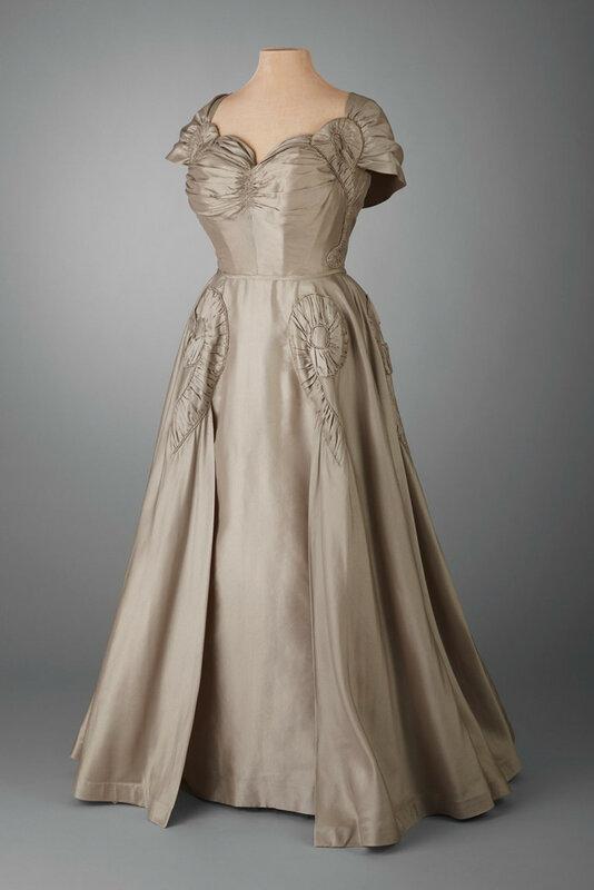 48.106_Evening_Dress