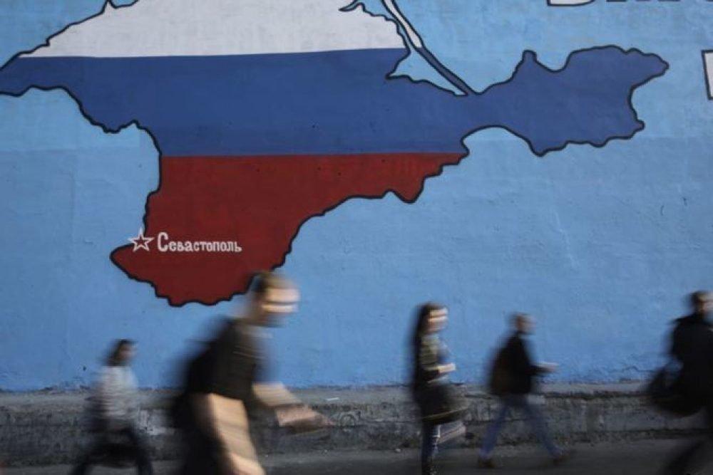 Германский бывший чиновник ответит за компанию поездки вКрым