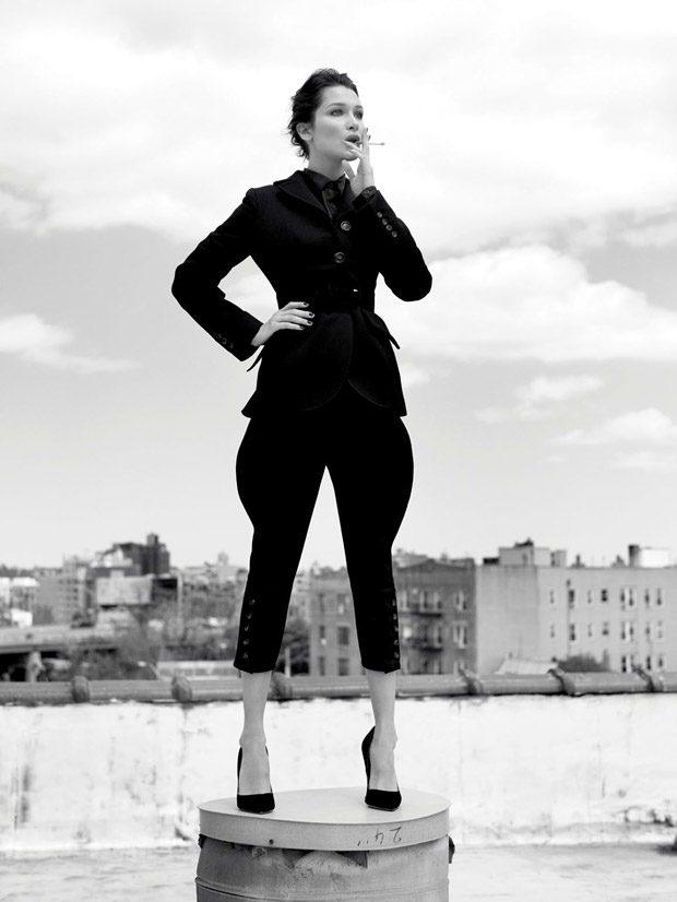 Белла Хадид в российском Harper's Bazaar