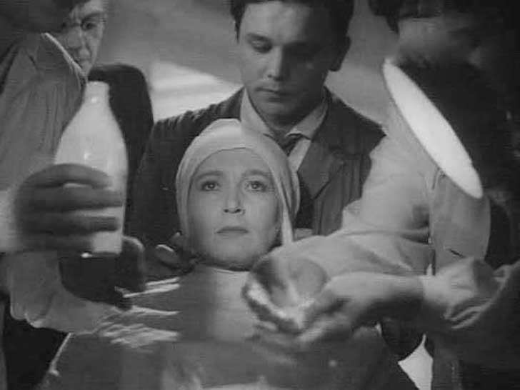 Георгий Юматов, 1947, «Весна» — ассистент гримера.