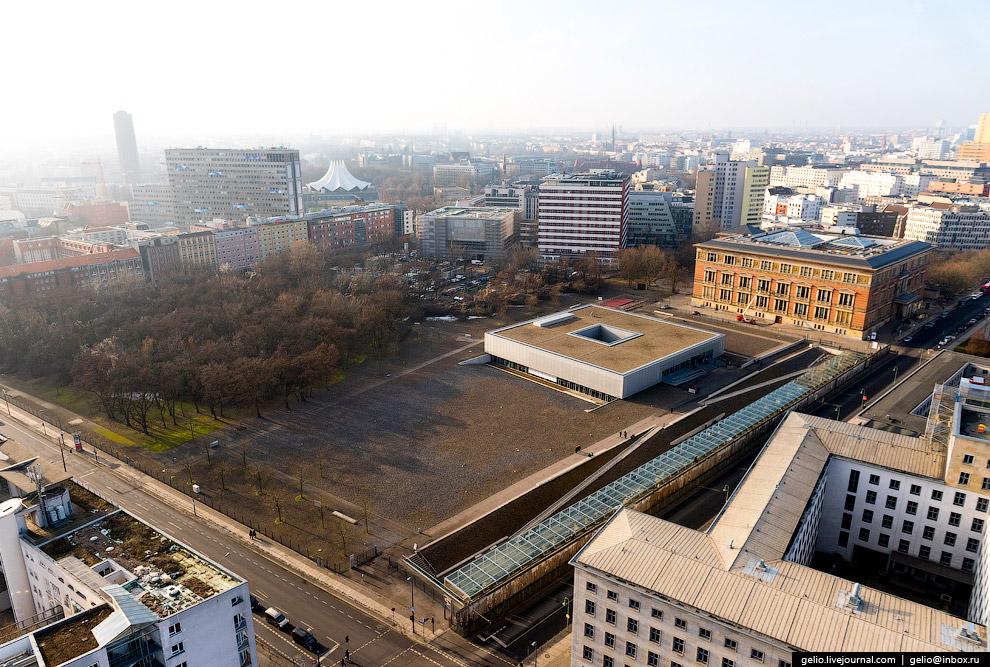 14. Построенная в 1935 году, штаб-квартира Имперского министерства авиации стала крупнейшим на