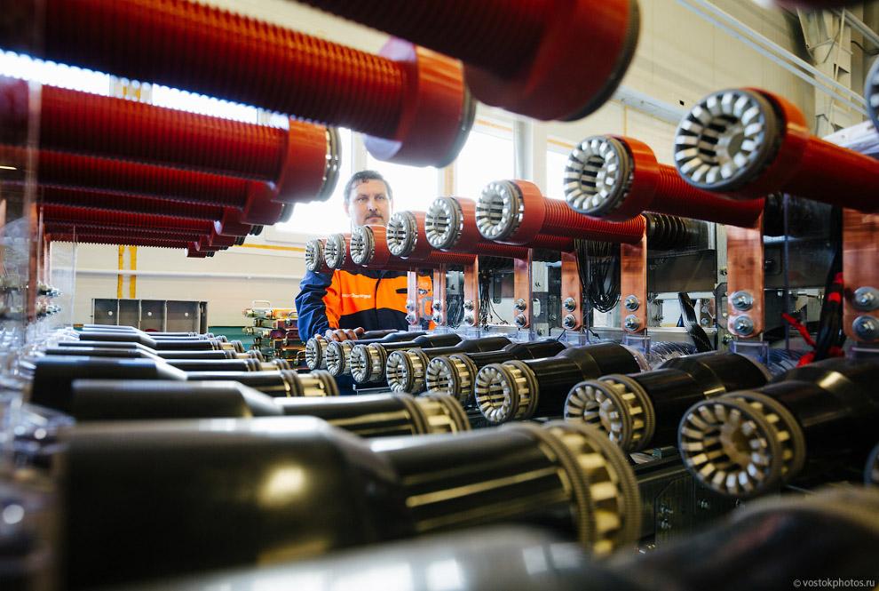 25. Цех металлоизделий завода ИНВЭНТ-Электро может обработать свыше 200 тонн металла в месяц. О