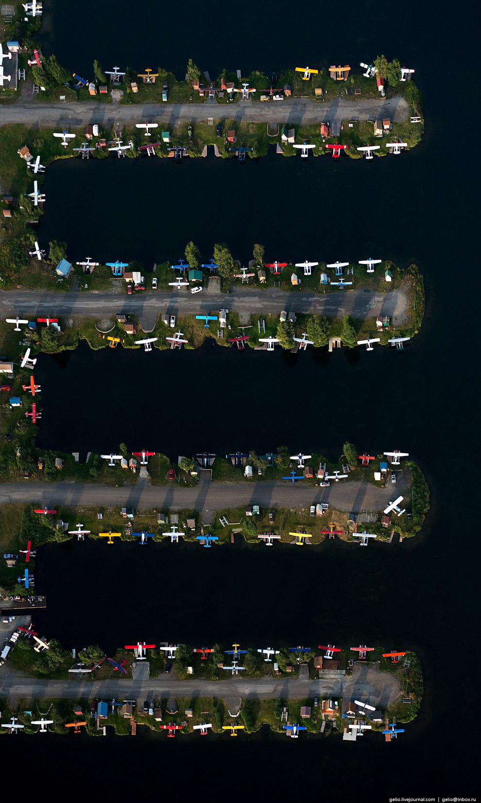 25. На Аляске нетрудно получить удостоверение пилота и покупкой самолёта знакомых здесь не удив