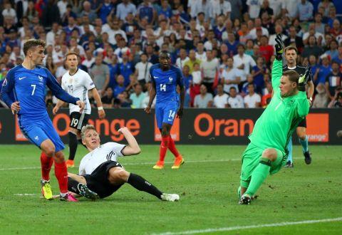 Вфинале Евро-2016 сыграют Португалия иФранция