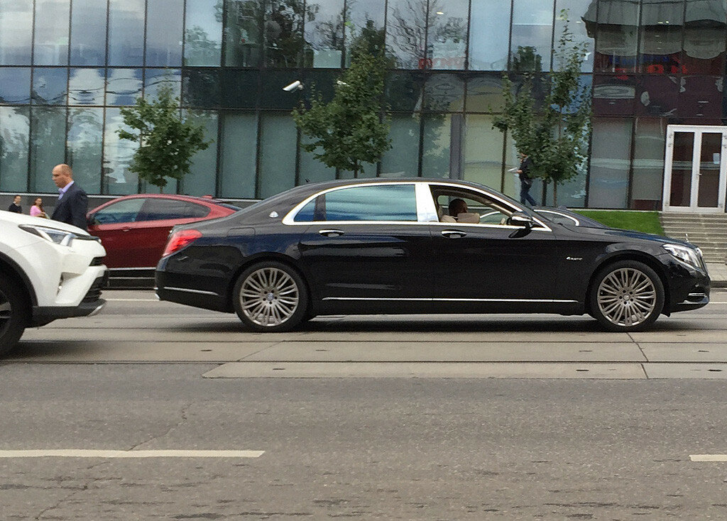 Mercedes-Maybach-IMG_6287.JPG