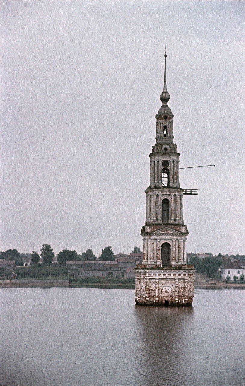 Калязин, затопленная колокольня