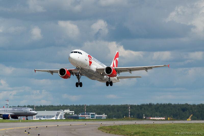 Airbus A319-112 (OK-MEL) CSA - Czech Airlines 0427_D803339
