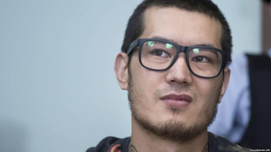 Журналист «Новой газеты» Али Феруза покинул Россию и прибыл в Германию