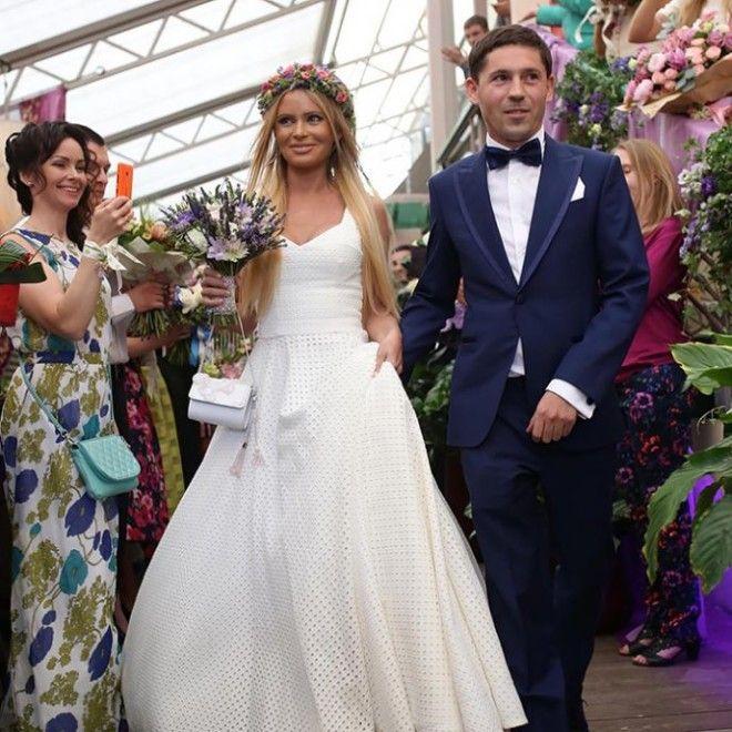 Известная телеведущая была в официальном браке всего лишь раз — в 2015 году она вышла замуж за