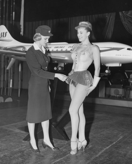 Шведка Биргитта Линдман стала первой стюардессой, которая впервые в истории попала на обложку журнал
