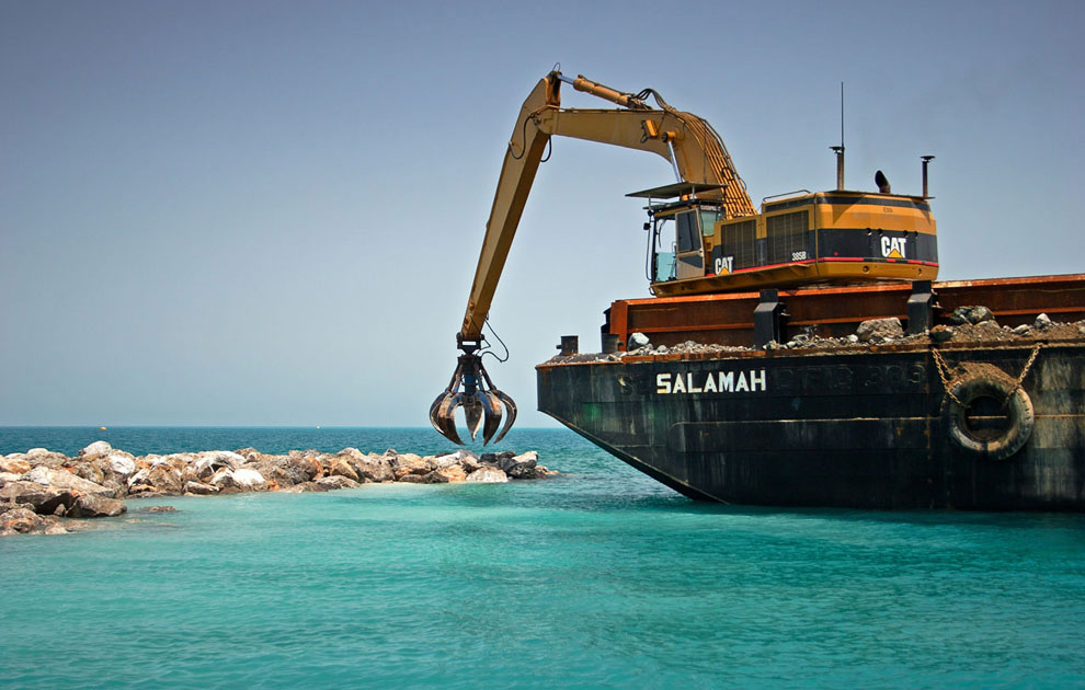 В дальнейшем архипелаг планируется увеличить созданием новых островов по проекту «Вселенная» (см. ка