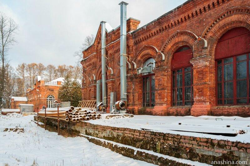Старинные корпуса Мытищинской станции