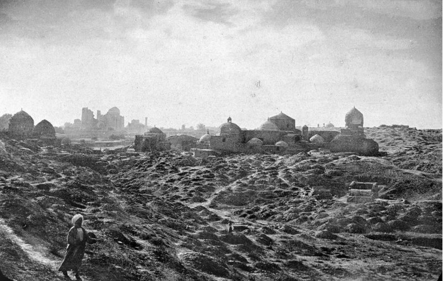 Некрополь Шахи Зинда и кладбище