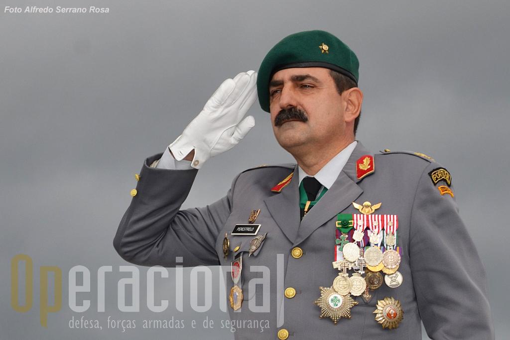1-Posse-Carlos-Perestrelo-capa-copy.jpg