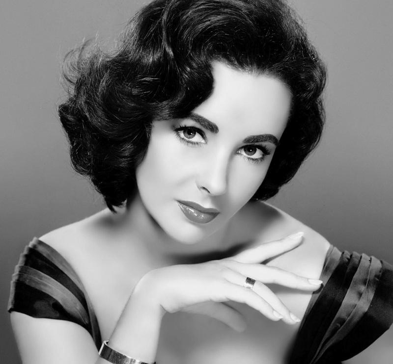 10 самых красивых женщин ХХ века