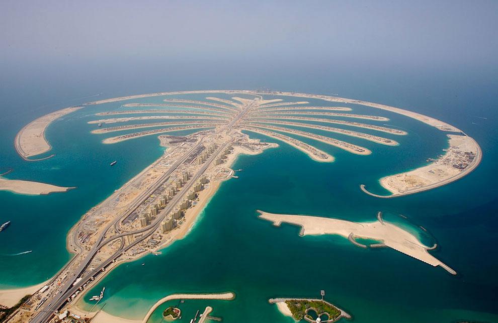 Пальма Джебель Али    Строительство начато в октябре 2002 года: