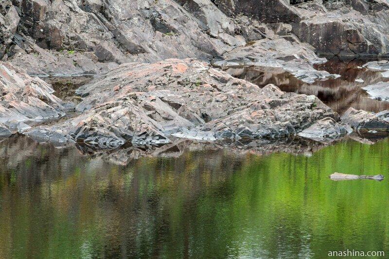 Отражения, вулкан Гирвас, Карелия