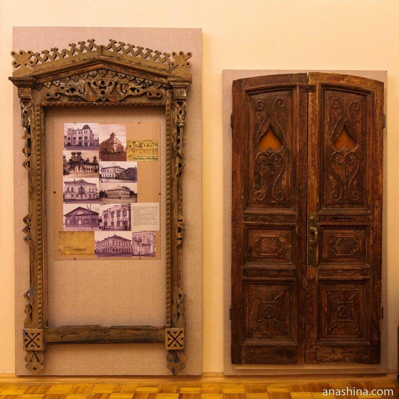 Резные наличник и дверь, Рыбинск