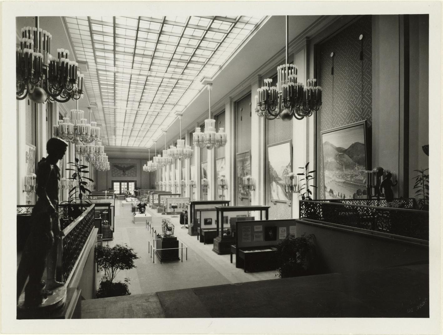 Выставочный зал, интерьер работы дизайнера Вольдемара Бринкманна