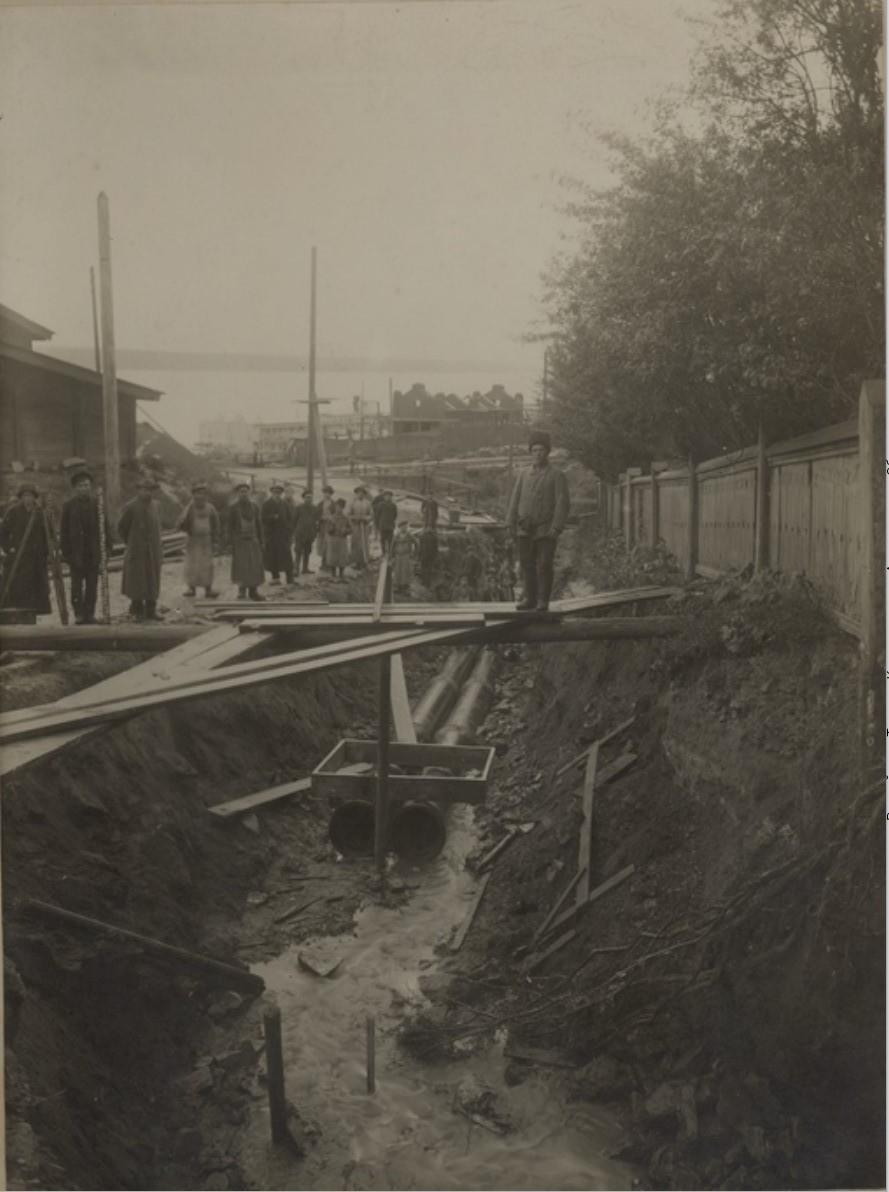 Прокладка канализации и строительство станции перекачки стоков. 1917
