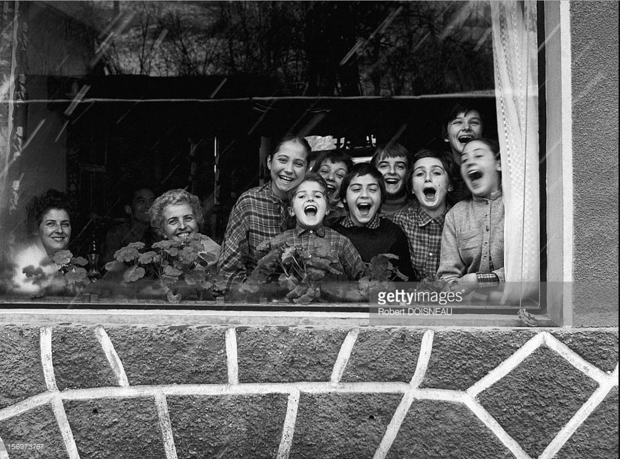 1957. Отдыхающие в отеле Humblot в Лаффре