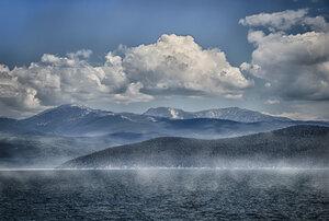 Байкал, горы, небо