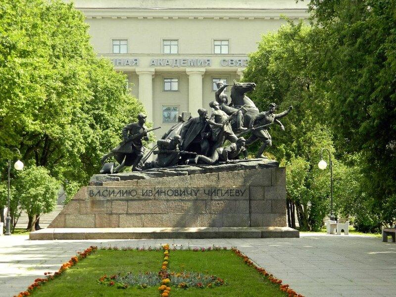 Памятник Чапаеву в Санкт-Петербурге