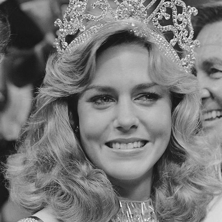 Шон Уизерли, США. «Мисс Вселенная — 1980». 20 лет, рост 173 см, параметры фигуры 89?63,5?89.