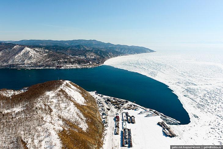 Период ледостава протекает с начала января до начала мая.