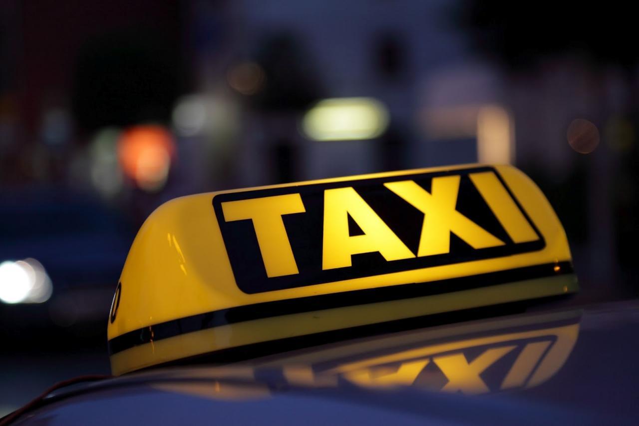 Из практики работы отдела кадров службы такси (1 фото)