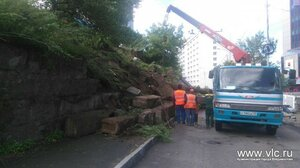 Обрушившаяся стена на улице Тигровой в центре Владивостока будет восстановлена