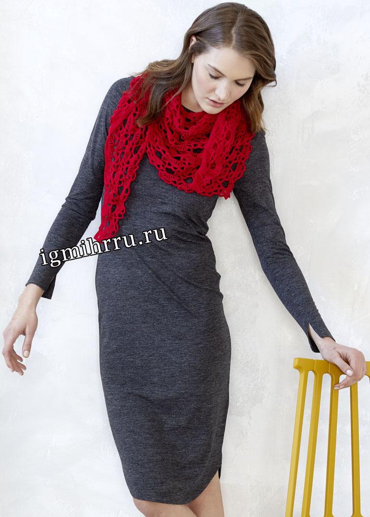 Красный ажурный платок-бактус. Вязание крючком