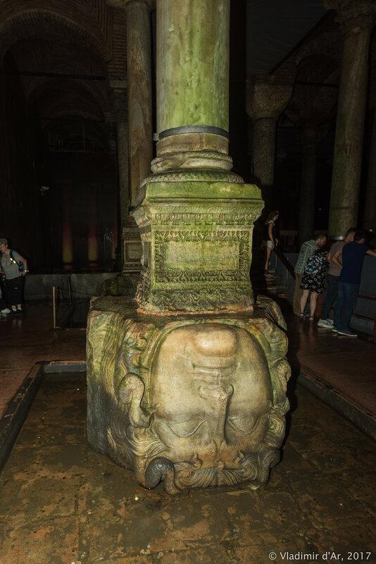 Цистерна Базилика. Горгона Медуза.
