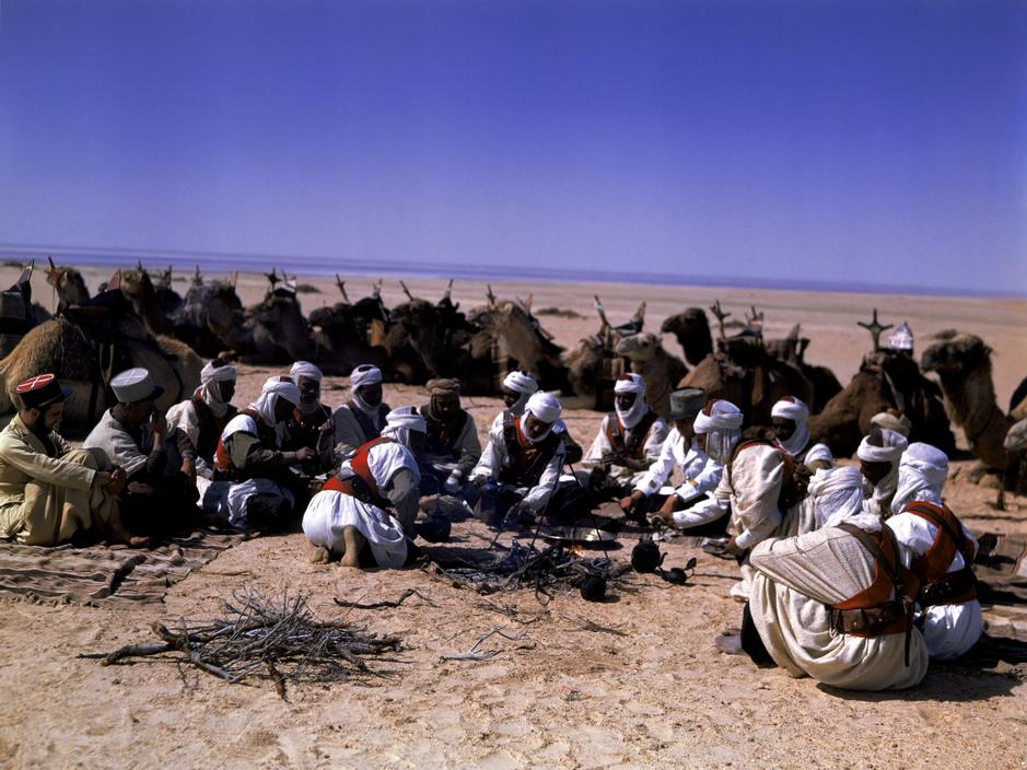 Wonderful Colour Photographs of World War II by Robert Capa (28).jpg