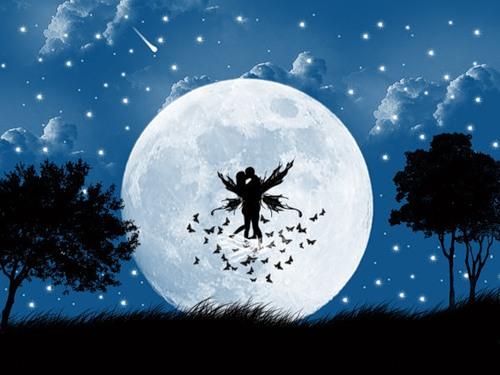 Открытка. С днем поцелуя! Поцелуй на фоне луны открытки фото рисунки картинки поздравления