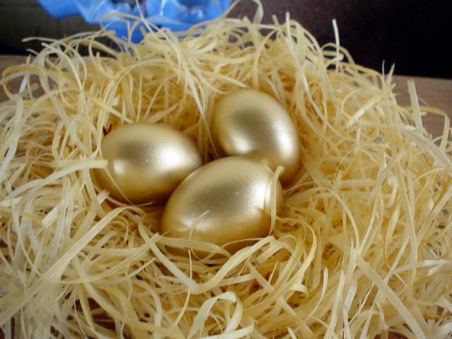 Всемирный день яйца. Три золотых яйца
