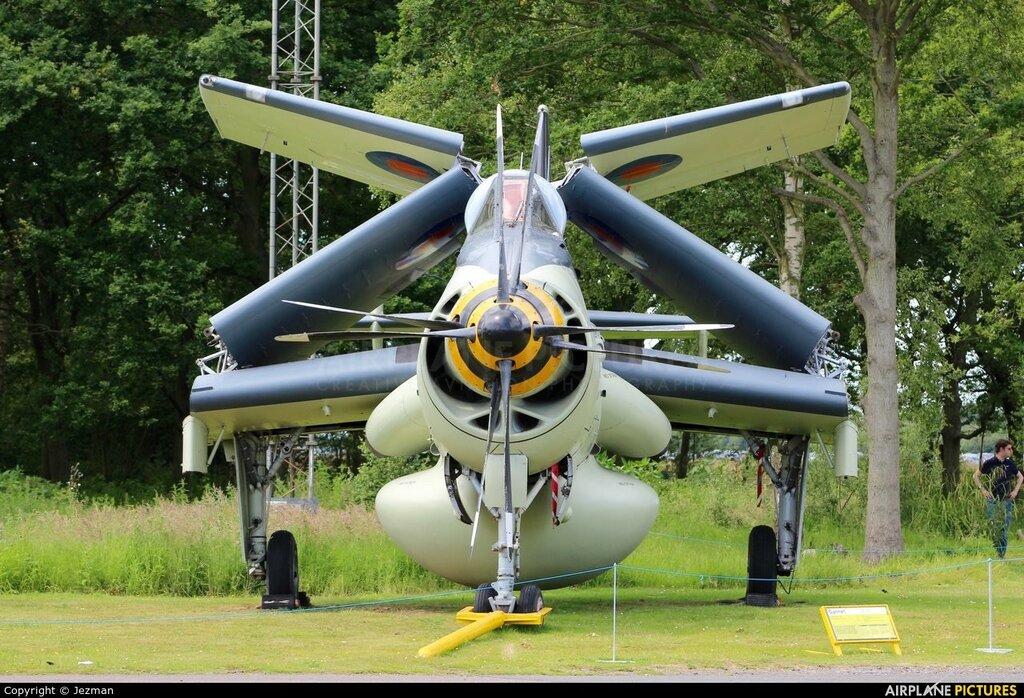 XL502 - Royal Navy Fairey Gannet AEW.3 at Elvington