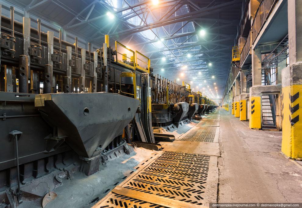 Датой рождения алюминиевой промышленности России считается 14 мая 1932 года, когда на Волховском зав