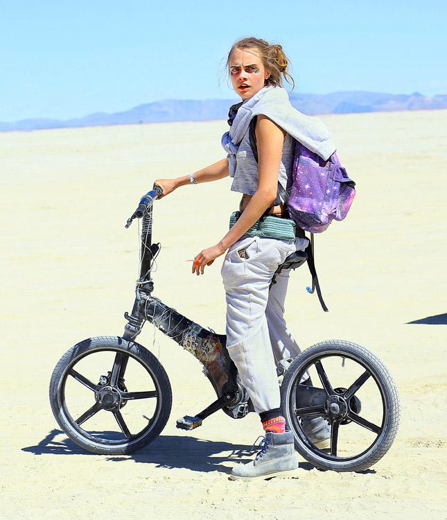 27 августа в Неваде начался 32-й фестиваль самовыражения Burning Man (8 фото)