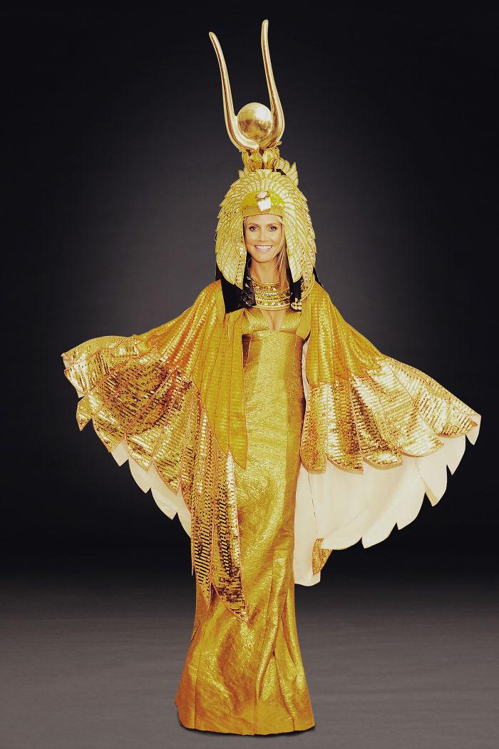 2012 год: Клеопатра    Пожалуй, первый образ Хайди за все годы празднования Хел